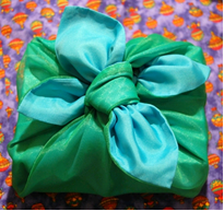 environmentally-friendly gift wrap
