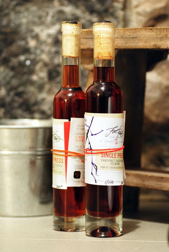 Niagara Falls Wineries  Wine Tours  On the Lake Winery