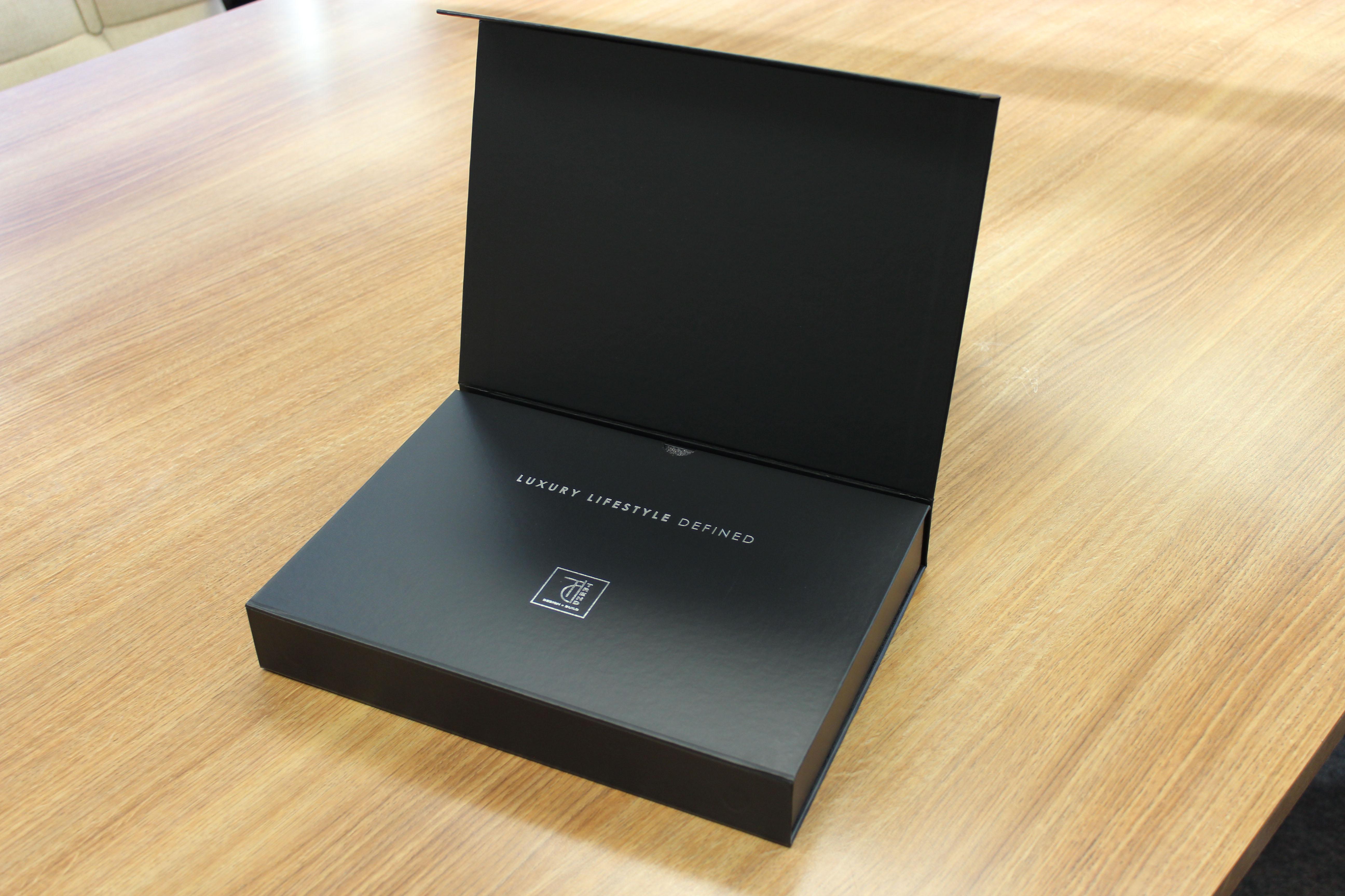 Black Ultima Cigar Box The Presentation Packaging Experts