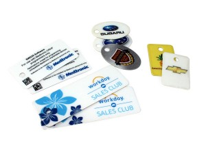 presentation packaging custom name badges and ID tags, luggage tags, zipper tags