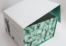Designing Sustainable Cosmetic Packaging