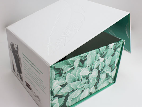 Cana Cosmetics Retail Packaging