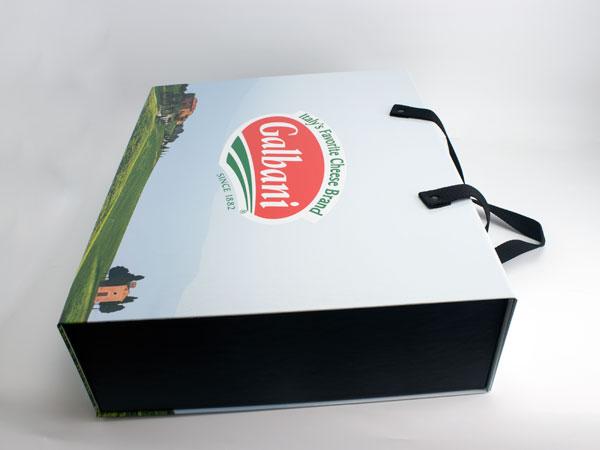 Custom Mag Box with Handles
