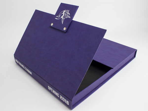 minnesota vikings gate fold box